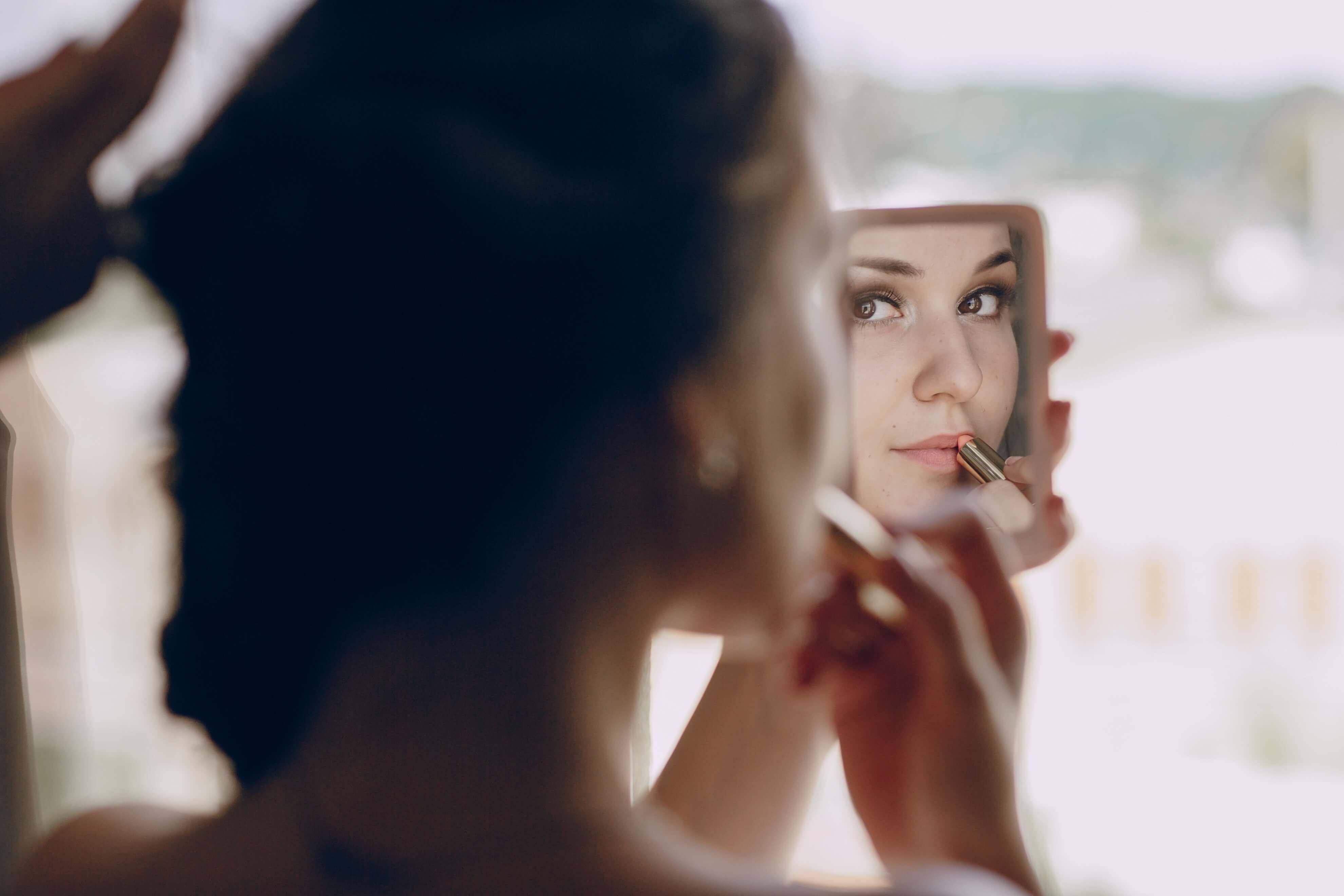 Batom natural: Conheça essa tendência de maquiagem orgânica!