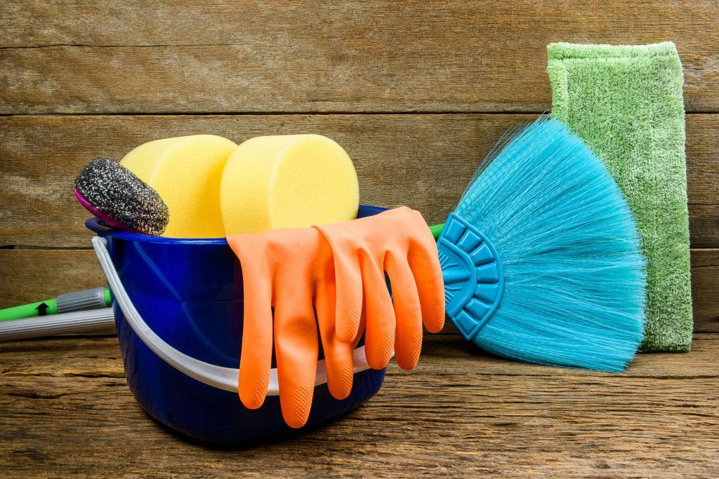 Faxina ecológica: Conheça os benefícios de usar produtos de limpeza naturais!