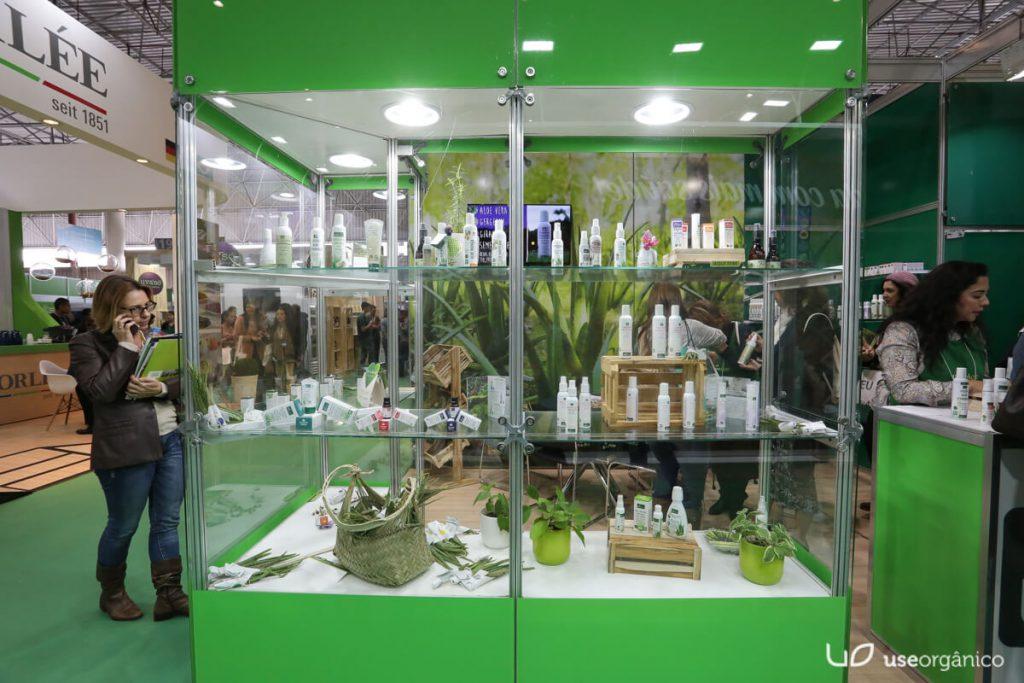 Lançamentos LiveAloe: Cuidados para Pele com Aloe Vera e Sinergias de Óleos Essenciais